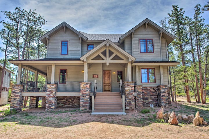 Lakefront House w/ Grill in Fox Acres Mtn Resort!