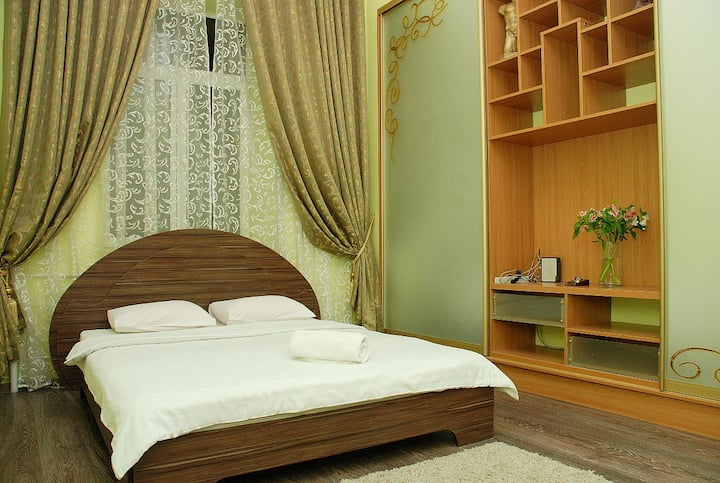 Royal apartment in Historical part of Kiev.