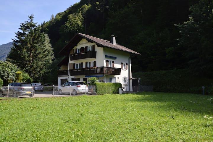 Authentiek vakantiehuis in Montafon met terras