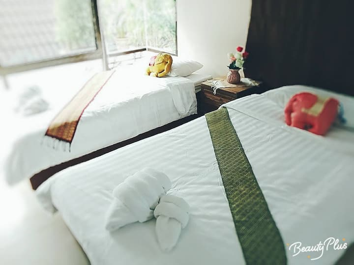 New private house near Airport+Breakfast+Pick  Up