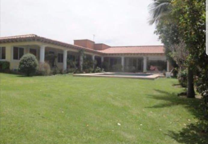 Renta maravillosa casa