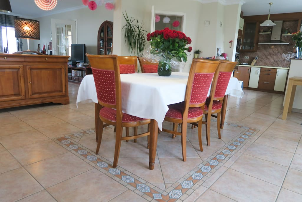 Luxurious dining area to enjoy a meal