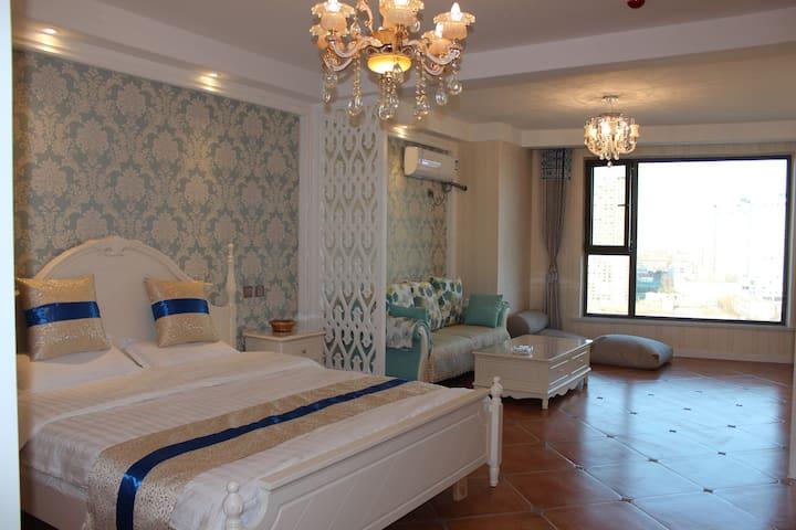 海湾8号豪华海景大床房,推窗看海