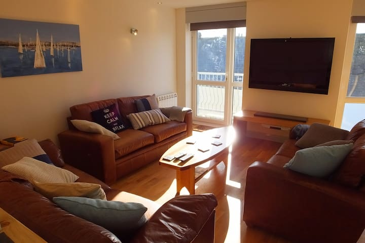 Tenby Town Centre Apartment GREAT Location - Tenby - Daire