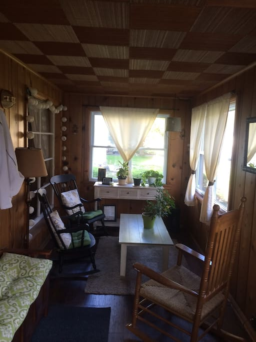 Enclosed front porch to relax