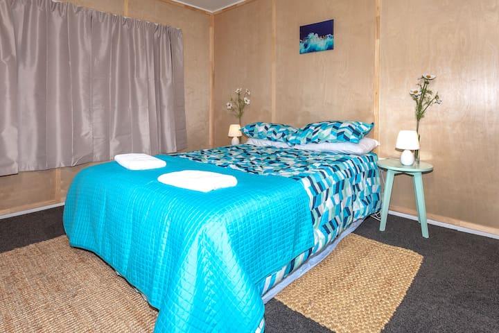 Riverside Accommodation Room 4