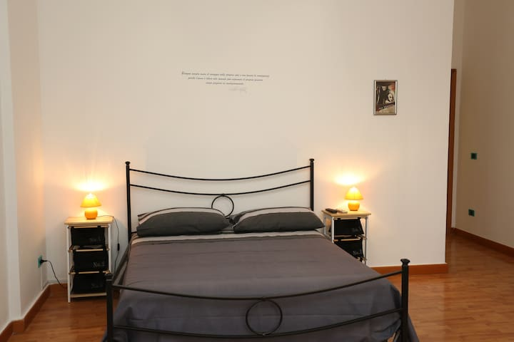 Le Mura Antiche B&B - Napels - Bed & Breakfast