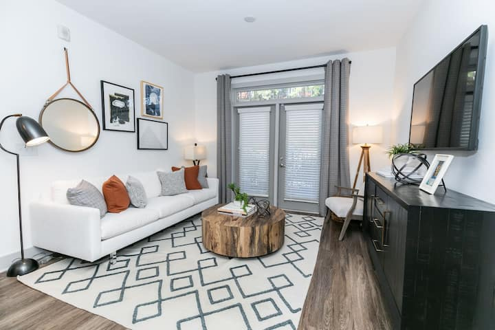 Relax in your own apartment home | 1BR in Atlanta