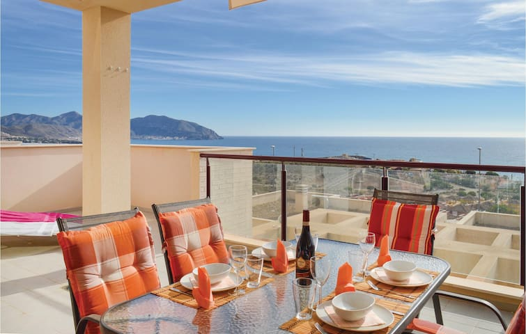 Holiday apartment with 2 bedrooms on 55m² in Isla Plana