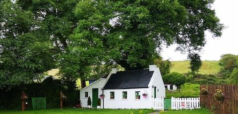 An Tigín Bán - The Little White House