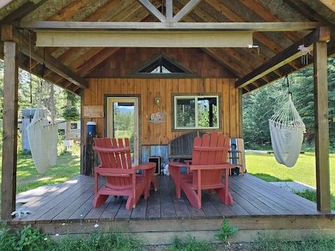Cabaña de camping en el pastoral valle de Selle de Sandpoint