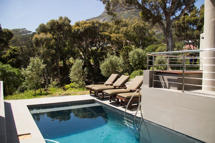 Luxury Villa room - includes free breakfast