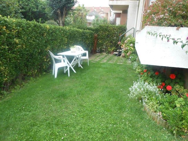 Bajo con jardin - Noja - Apartment