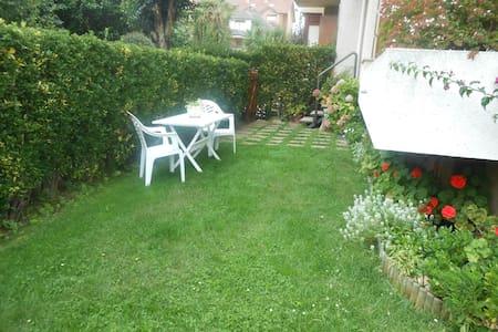 Bajo con jardin - Noja - Leilighet