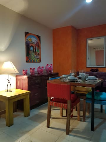 Nice & New  apt. at low level downtown Tlaquepaque