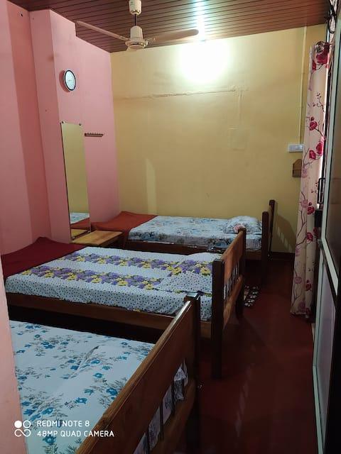 VANASIRI COTTAGE (Bedroom-III)