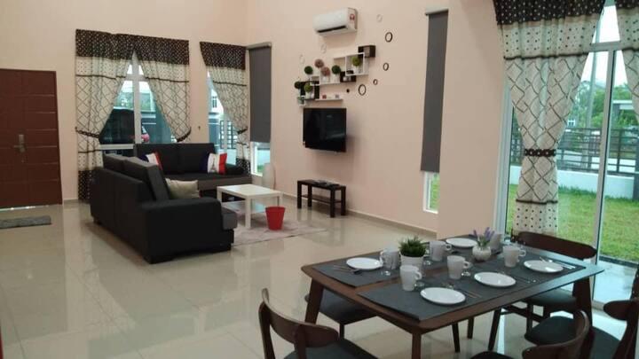 The Acollidor Kuala Pilah