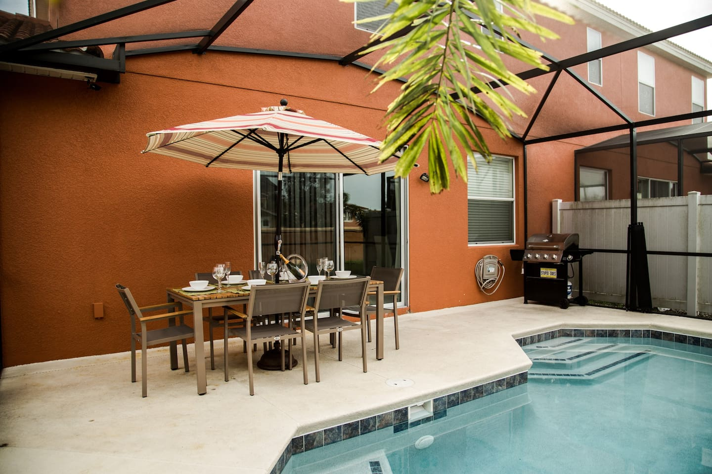 Gorgeous 4BD Townhouse Near Disney - Townhouses for Rent in ...