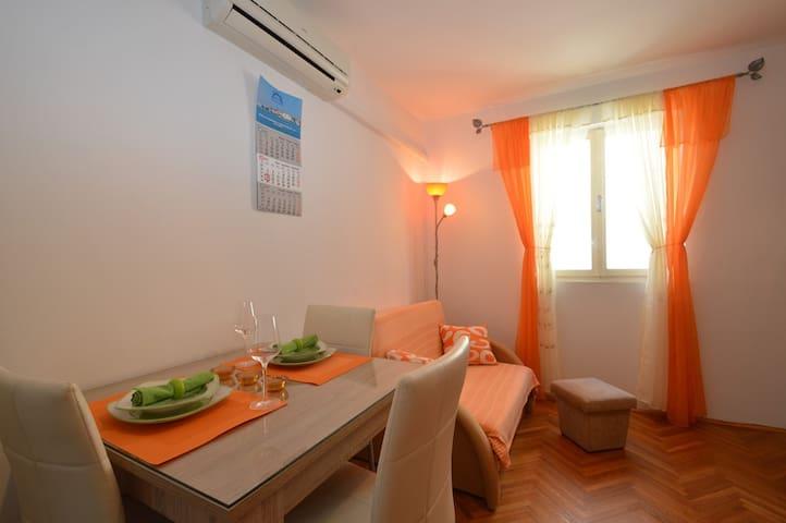 Convenient Apartment Orhideja 1