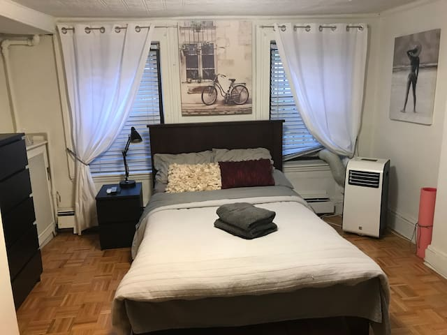 Charming Room 4 blocks from Empire State Building