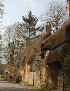 Thatched Cottage in beautiful Broadway, Cotswolds - Broadway