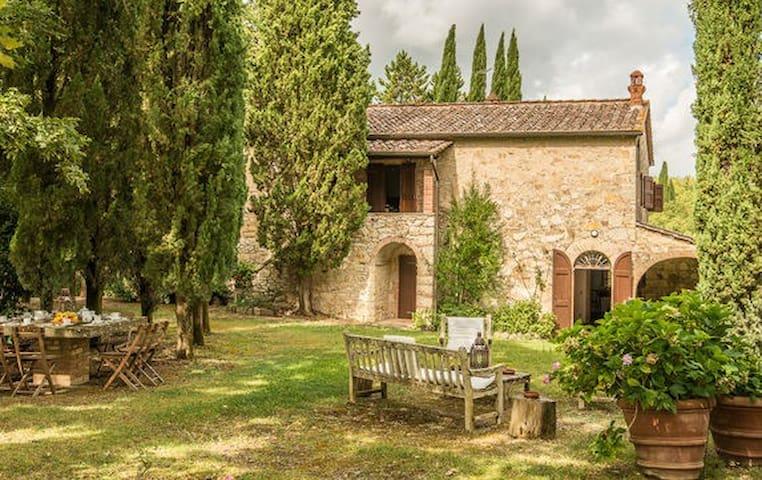 Tranquillità nel cuore del Chianti con piscina - Radda in Chianti - Villa