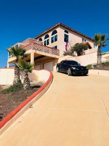Rental house on the beach of Baja California