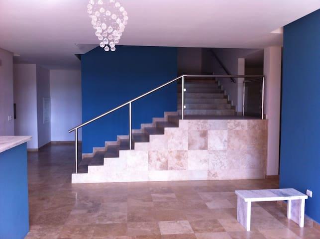 Rento elegante apartamento Managua - Managua - Osakehuoneisto