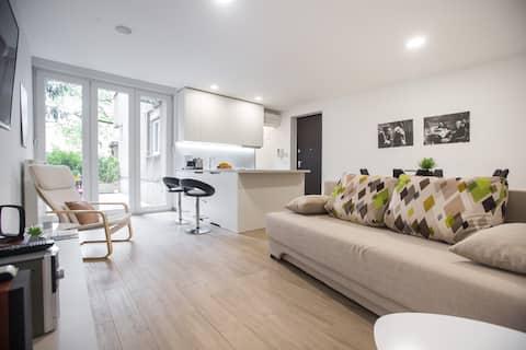 Rakuscha Apartment