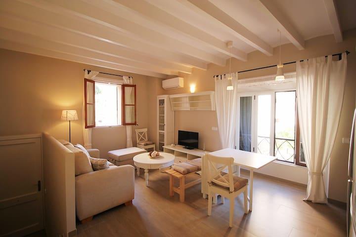 Nuevo apartamento en pleno centro - Fornalutx - Dom