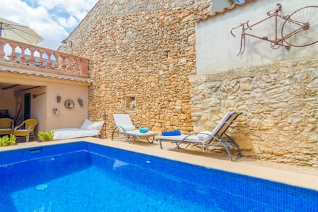CA NA MISSA - Apartment with private pool in Llubí.