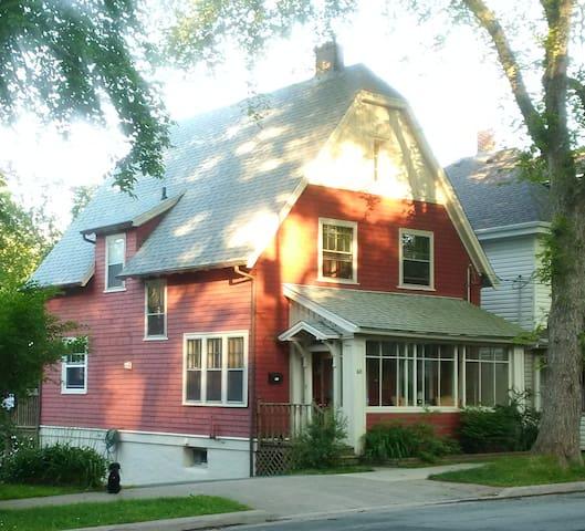 House - Downtown Dartmouth - Dartmouth - House