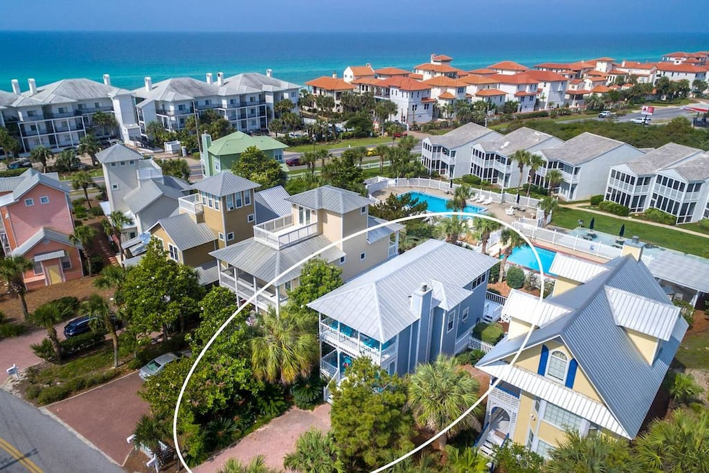 Short Distance from the House to the Beach Access!