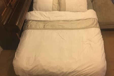A Deluxe Double Airbed| Original Airbnb Experience