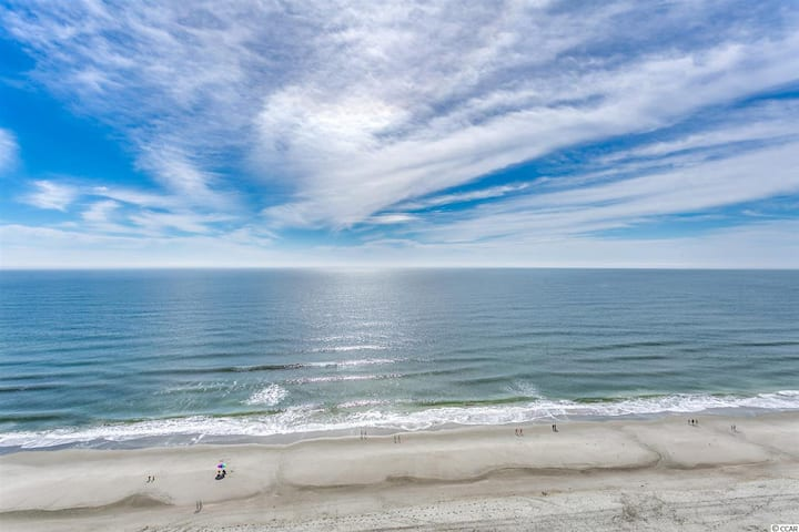 Beautiful Ocean Front Views 1 BR 1 BA