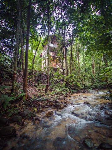 Serendah River Retreat - Brickhouse