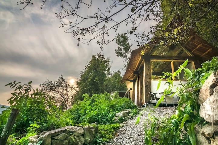 Tiny House Slovenia™: Hilltop Hideaway