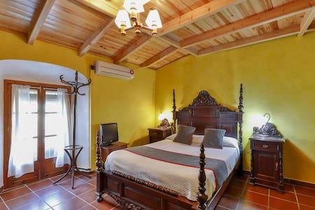 1 Single Room in OYO Hotel las Palmeras, Zafra
