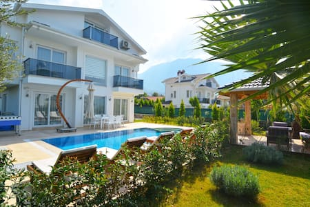 Luxuary villa for rent in oludeniz,  City Villa B