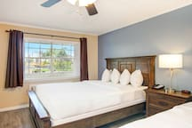 The Palmer Inn and Tennis Club - 2 Queen Bed