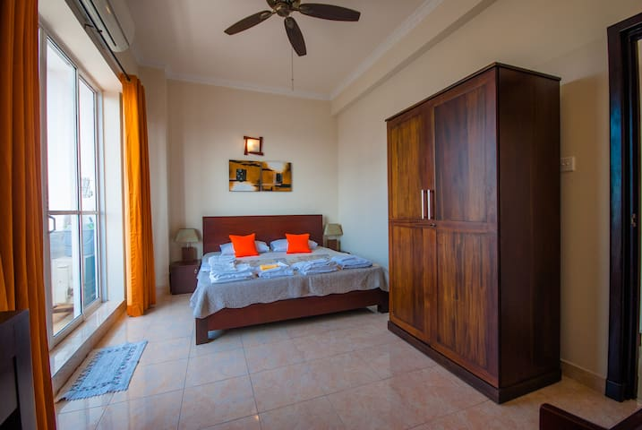 Homely Apartment for 02 in Colombo 5