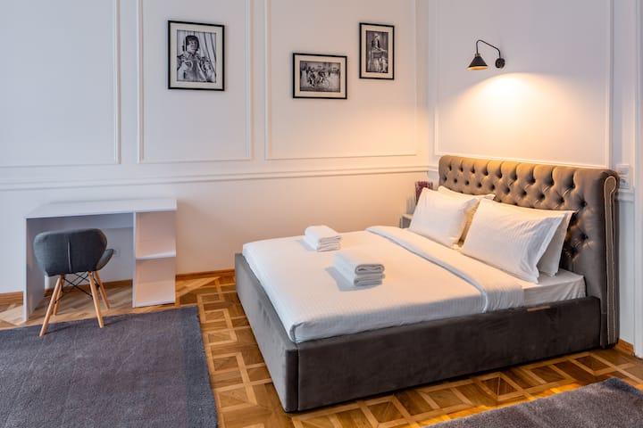 VIP квартира в центрі Львова