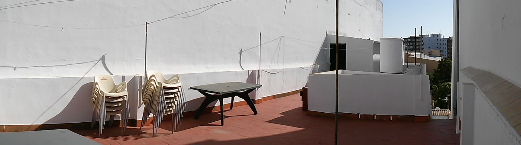Beautiful and bright house, double room. - Huelva - Hus