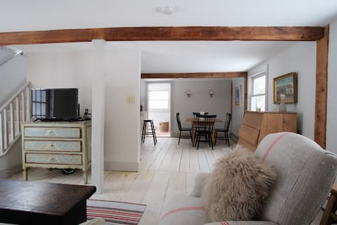 Charming 2 br Cottage in the Hudson Valley