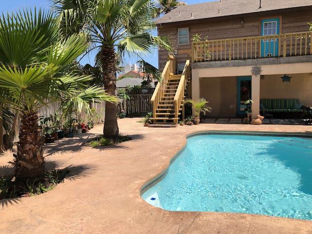 Coastal Suite Private Entrance