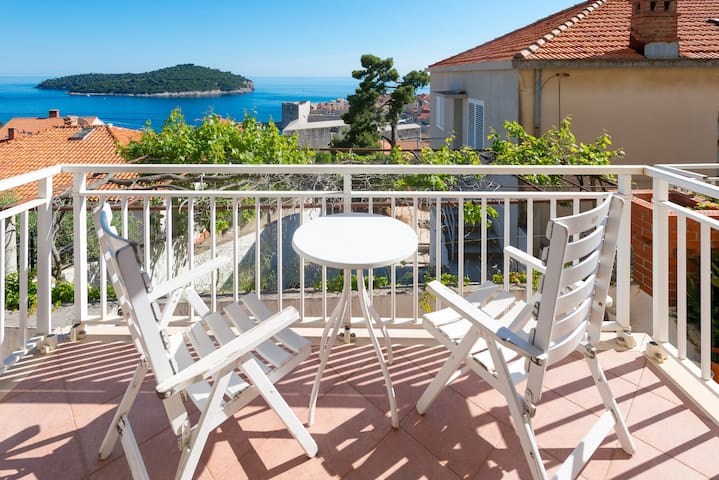Enjoying a central location in the historic core of Dubrovnik
