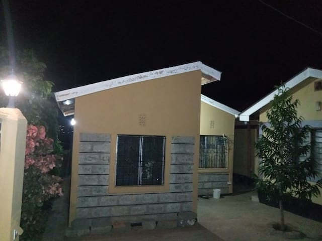 Kwavika homes in a quiet neighborhood