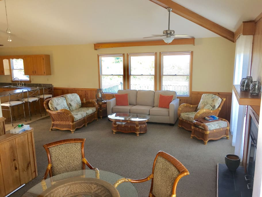Just relax and enjoy our spacious living areas complete with vaulted ceilings and comfortable furnishings.