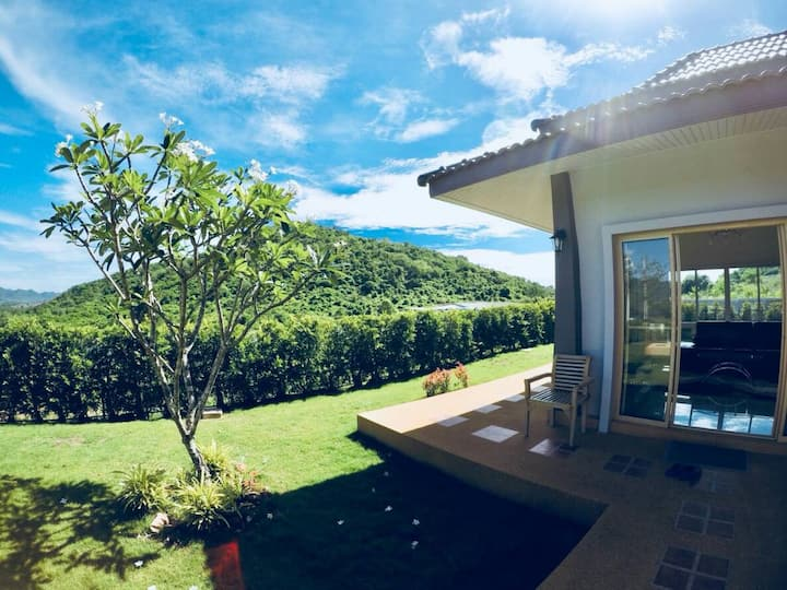 Best Mountain view House for 6 people, Pranburi ♥