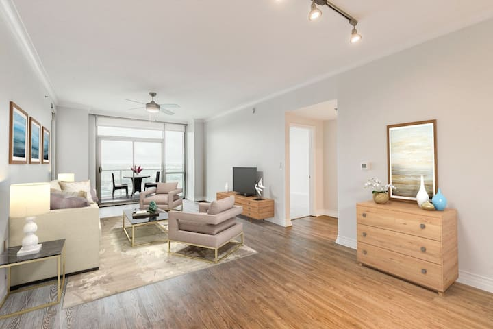 Everything you need | 2BR in Dallas
